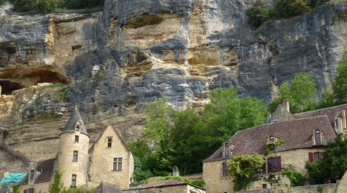 06-perigord-most_beautiful_village-la_roche-gageac