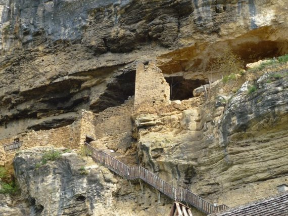 08-discover_perigord-natural_cliffs
