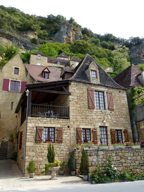 10-perigord-walk_holidays_in_france-la_roche-gageac