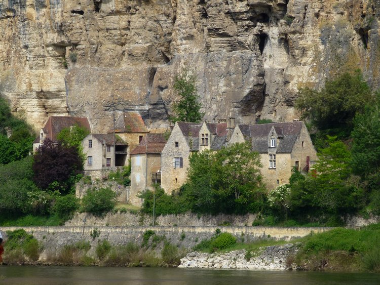11-perigord-best_place_to_visit_in_france