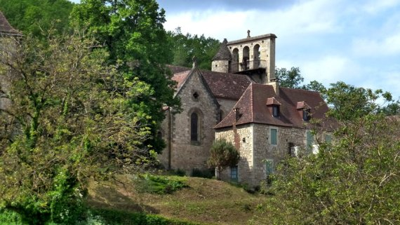 18-springtime_walking_holidays_in_france-perigord