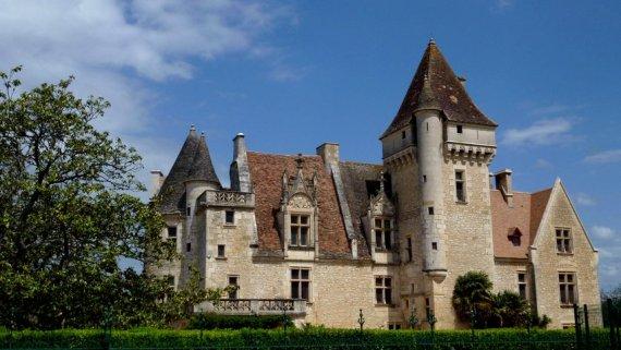 20-walking_holidays_in_france-milandes_castle