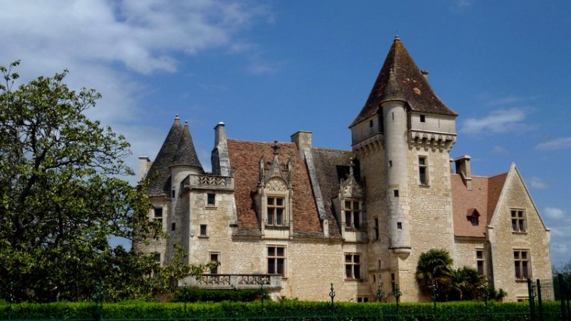 20-walking_holidays_in_france-milandes_castle