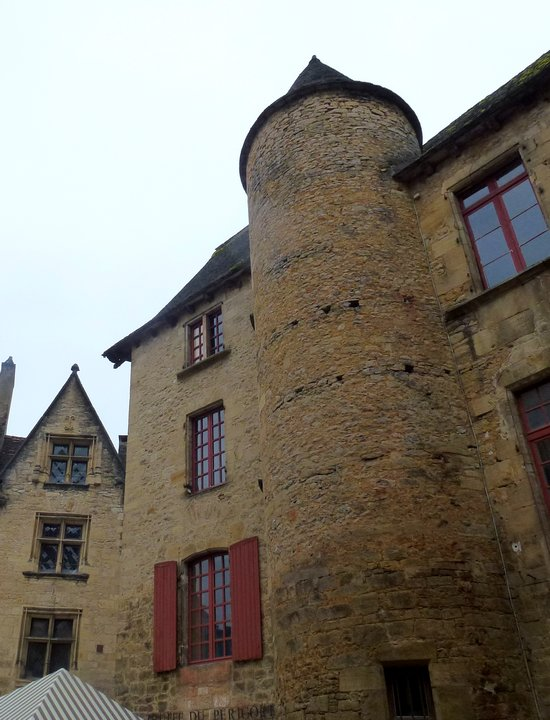 21-perigord-france-medieval_city-sarlat