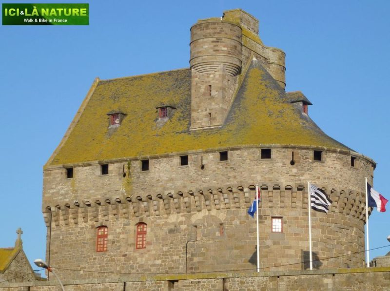 13-bike_tours_in_france-brittany-saint-malo