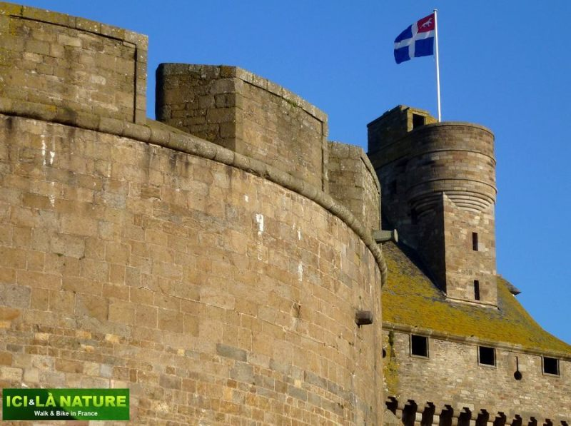 15-bike_tours_in_france-saint-malo-brittany
