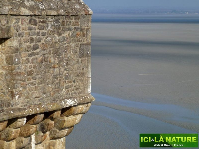 24-cycling_holidays_in_mont-saint-michel-france
