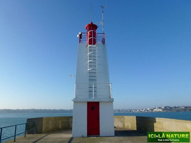 31-cycling_in_france-brittany-saint-malo