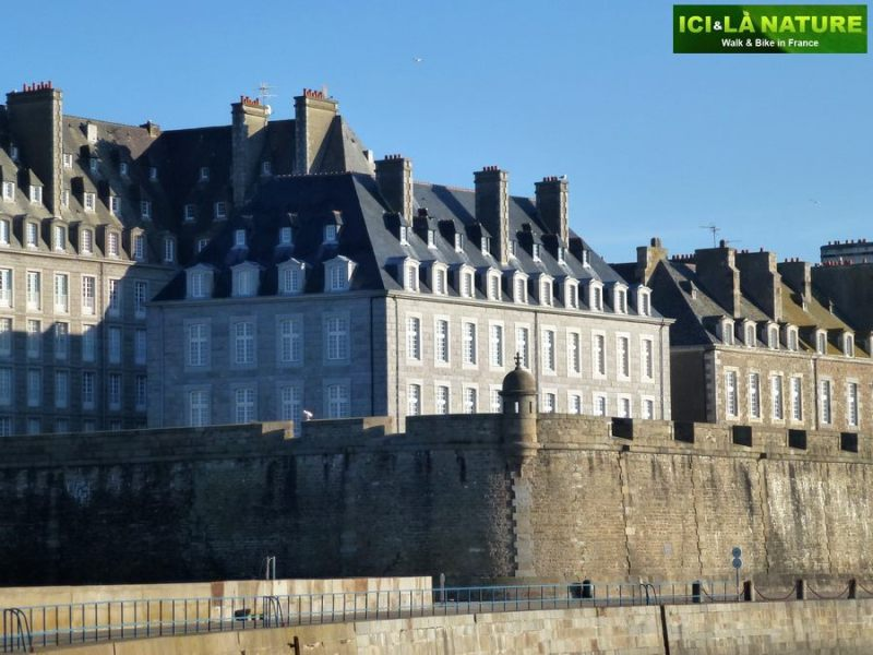 34-biking_tours_in_france-brittany_saint-malo