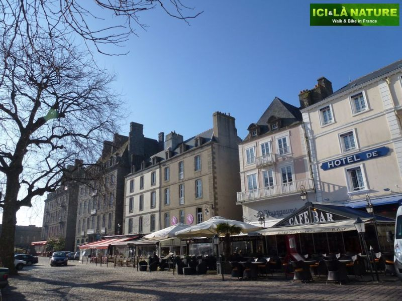 58-bicycle_tour_in_france-brittany-saint-malo