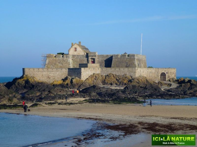 60-brittany_france_by_bike-saint-malo
