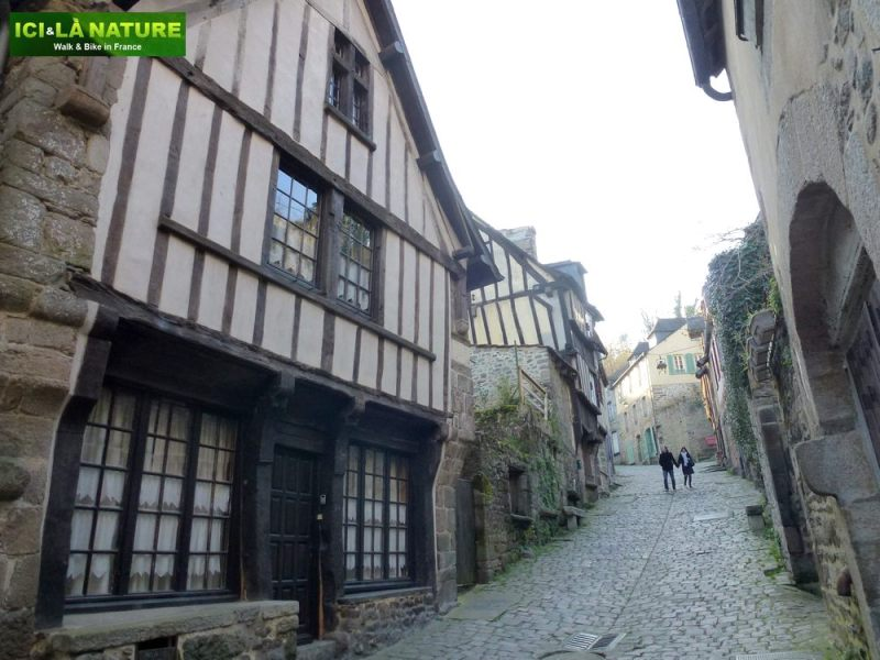 61-dinan-mont-saint-michel_by_bike