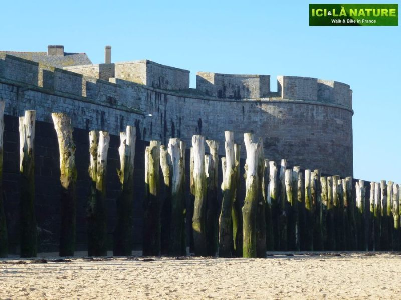 62-cycling_tour_in_brittany-saint-malo_france