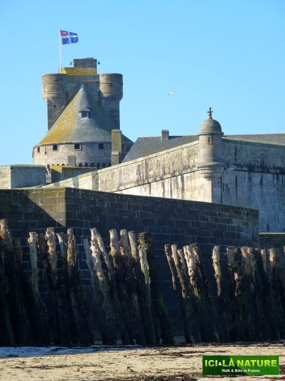 63-mont-saint-michel_saint-malo_by_bike-france