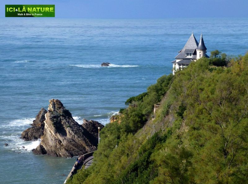 04-walking_holidays-france-biarritz