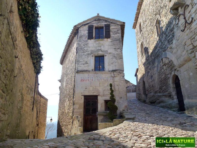 06B-boulangerie-lacoste-provence