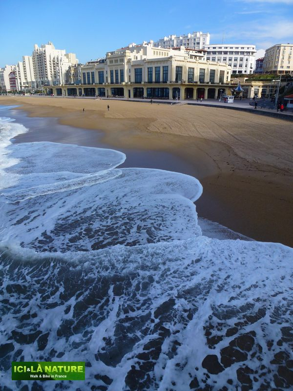16-biarritz-casino-sea