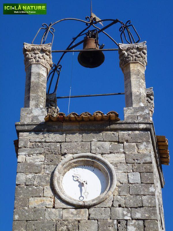 17c-clock_provence_lacoste