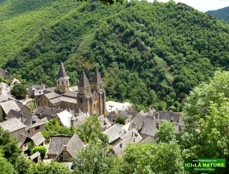 01-the-way-of-st-james-walking-conques-aveyron