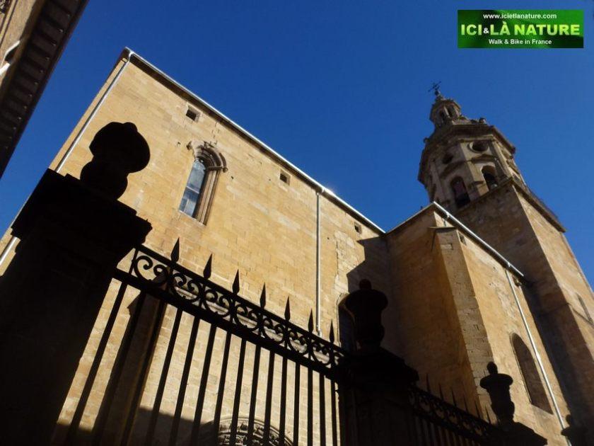 03--pilgrims-way-to-Santiago-church-puente-la-reina
