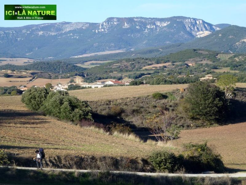 0607-the_way_of_saint-james_in_spain-hiking-landscape