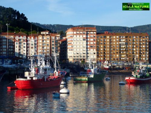 00-bermeo-red-boat-spain - Copie (3)