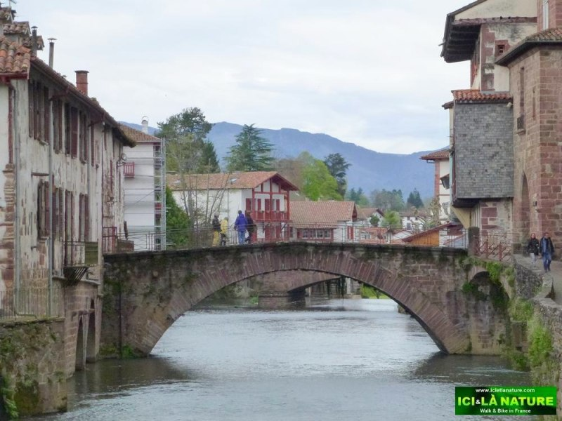 03-old bridge-saint-jean-pied-de-port