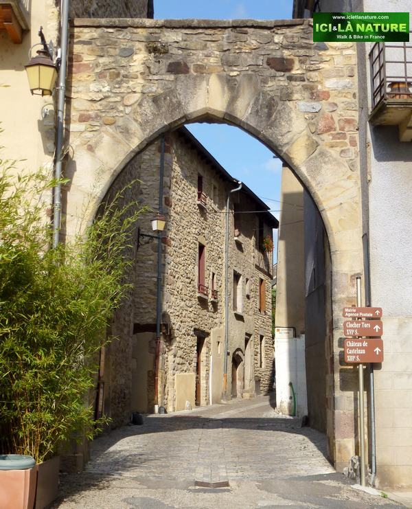 03-walking the way in france-st come aveyron