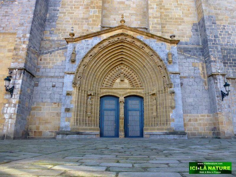 11-guernica-church