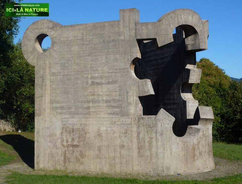 11-guernica-gernika-Our Father's House, Eduardo Chillida's Sculpture
