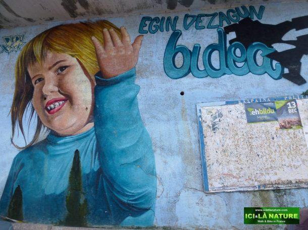 12-lekeitio-art street spain