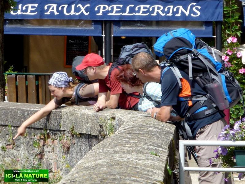 36-estaing-river-bridge pilgrims