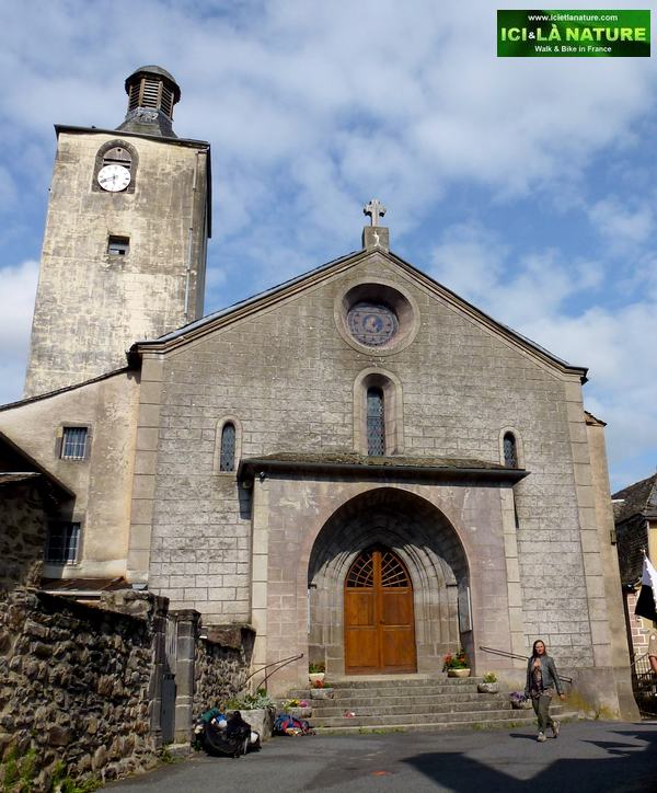 37-church saint chely aubrac-france