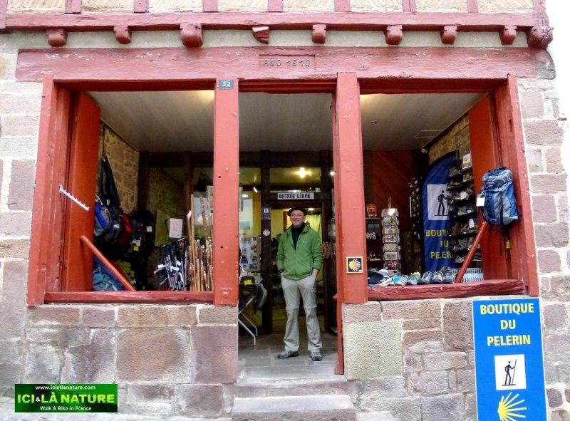 51- ici et la nature pilgrim shop camino frances