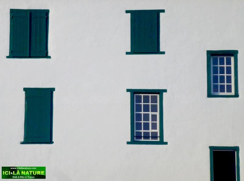 66-windows-basque country