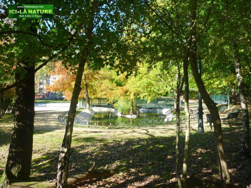 parc-guernica-travel