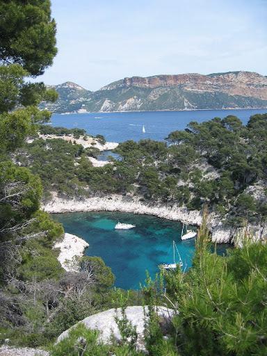 04-hiking france mediterranean sea