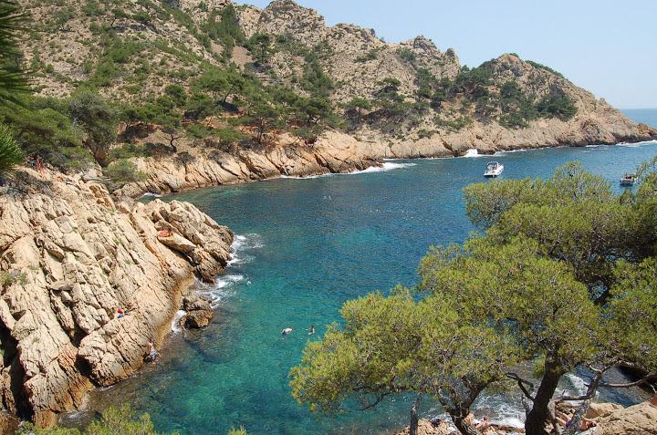 05-provence calanques walking holidays