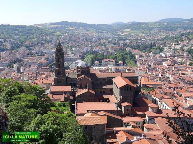 05-route santiago le puy france