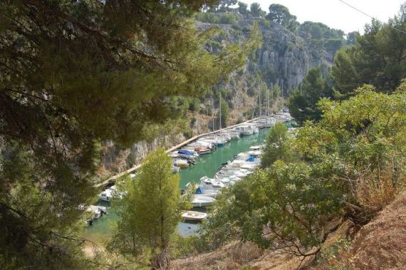 14-calanques cassis hiking trip
