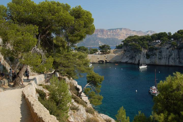 18-walk in provence calanques