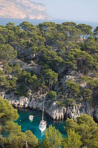 28-hiking holidays provence france