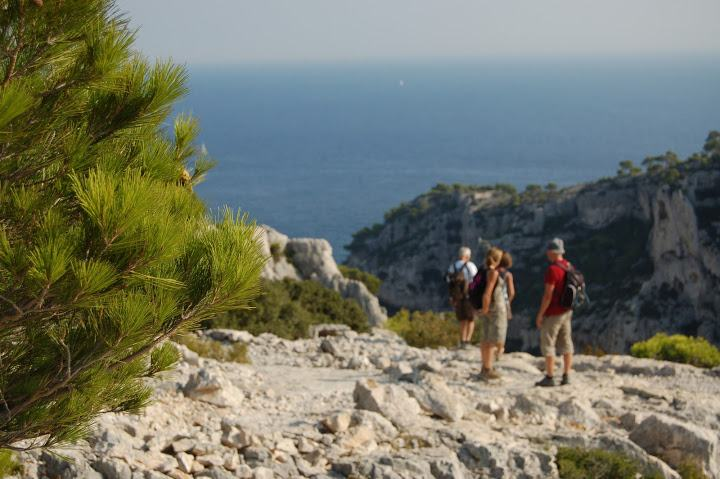 31-calanques marseille hiking holidays