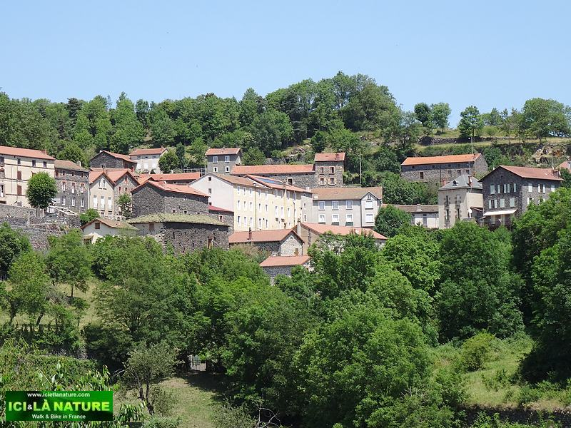 23-saint privat d allier landscape france