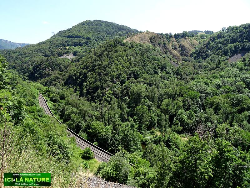 24-mountain france massif central
