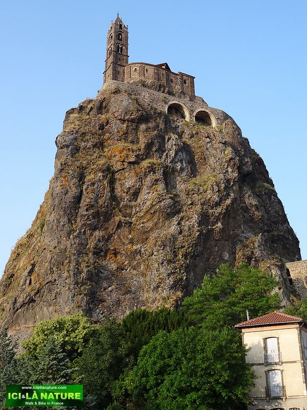 48-chapel saint michel le puy