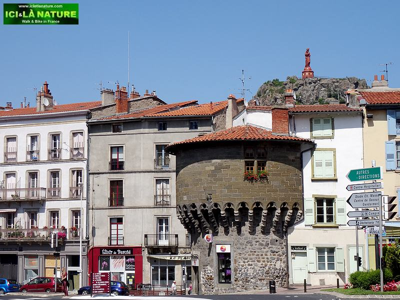 52-le puy tower