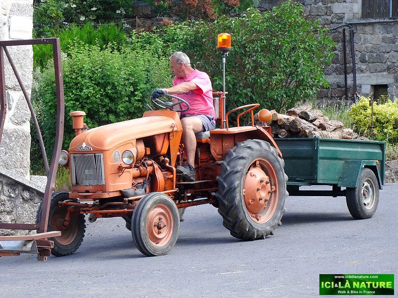 64-farmer st.James way in france