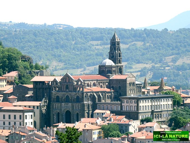 69-hiking the way of compostela le puy