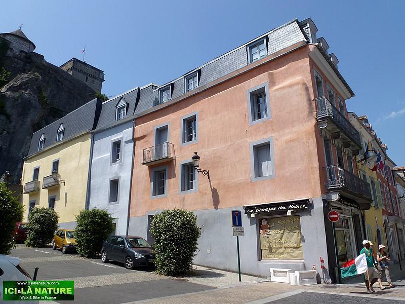 56-lourdes streets castle